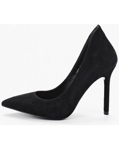 Туфли на каблуке черные лодочки Vitacci