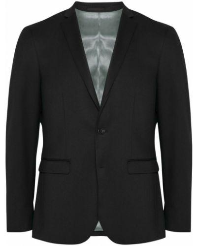Czarny garnitur Matinique