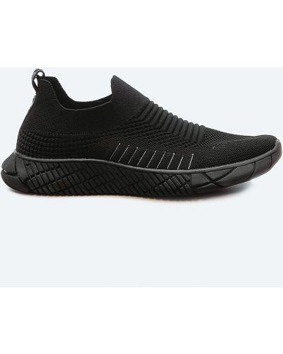 Текстильные черные кроссовки Fashion