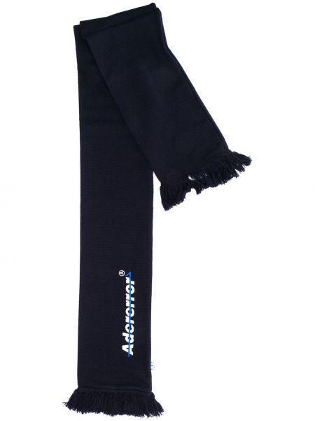 Niebieski szalik wełniany z haftem Ader Error