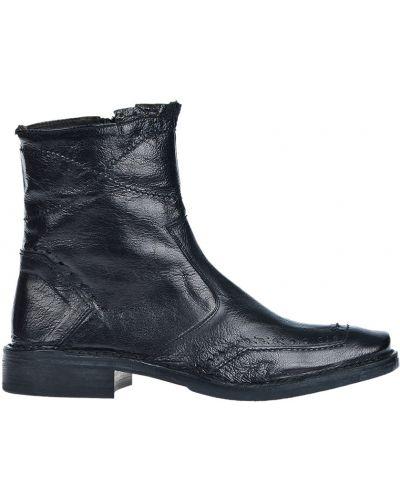 Черные сапоги Mo's