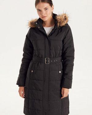 Зимняя куртка утепленная черная Lc Waikiki