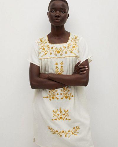 Белое прямое платье Mango