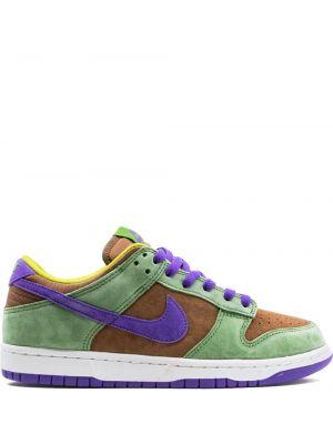 Зеленые замшевые кроссовки на шнурках Nike