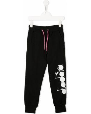 Sportowe spodnie z kieszeniami czarne Diadora Junior