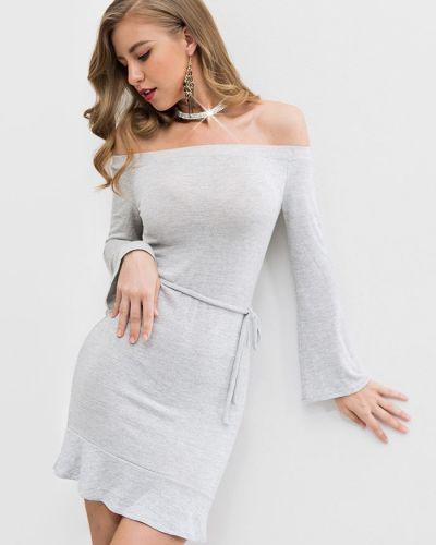 Платье с поясом серое через плечо Zaful