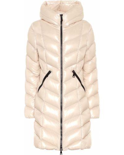 Стеганое пуховое бежевое стеганое пальто Moncler