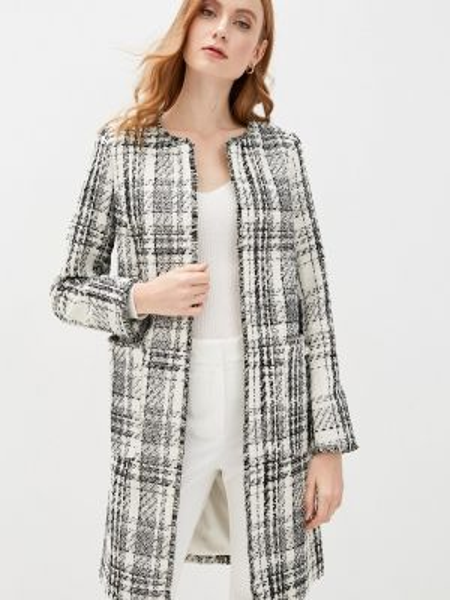 Белое пальто с капюшоном Wallis