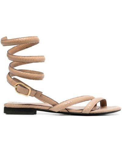 Beżowe sandały skorzane płaska podeszwa Dorothee Schumacher