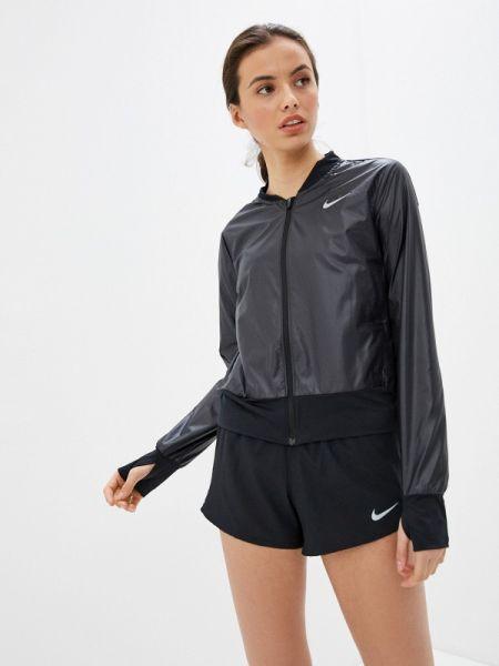 Куртка черная весенняя Nike