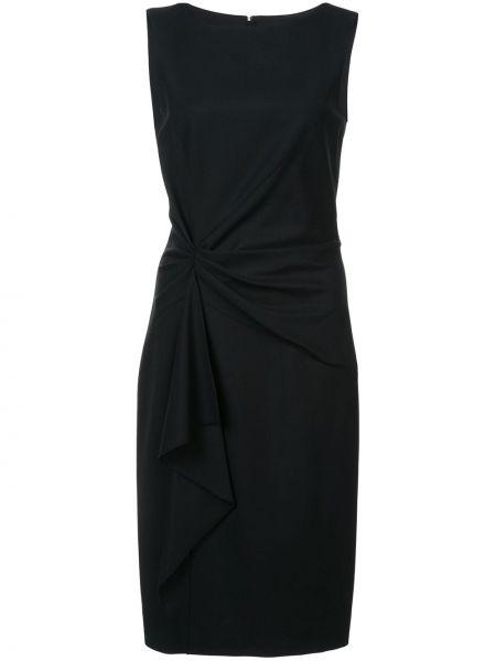 Черное плиссированное платье без рукавов с вырезом Carolina Herrera