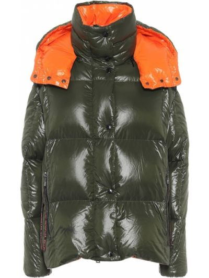 Зеленая стеганая пуховая куртка Moncler