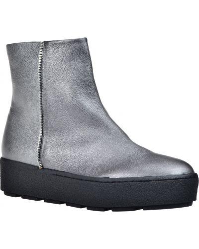 Ботинки на платформе осенние кожаные Vic Matie