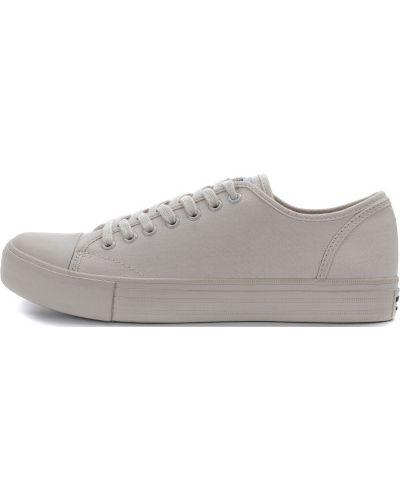 Кеды классические на шнуровке Skechers