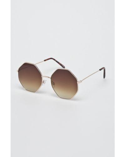 Коричневые солнцезащитные очки Answear