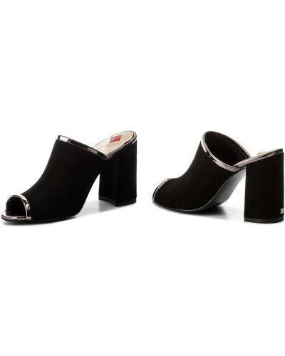 Шлепанцы на каблуке - черные Maccioni
