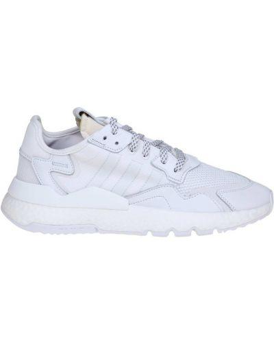 Białe joggery z nylonu Adidas Originals