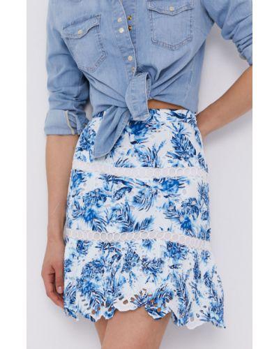 Niebieska spódnica mini rozkloszowana w kwiaty Guess