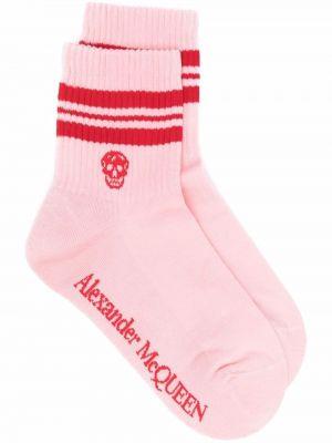Хлопковые красные носки с черепами Alexander Mcqueen
