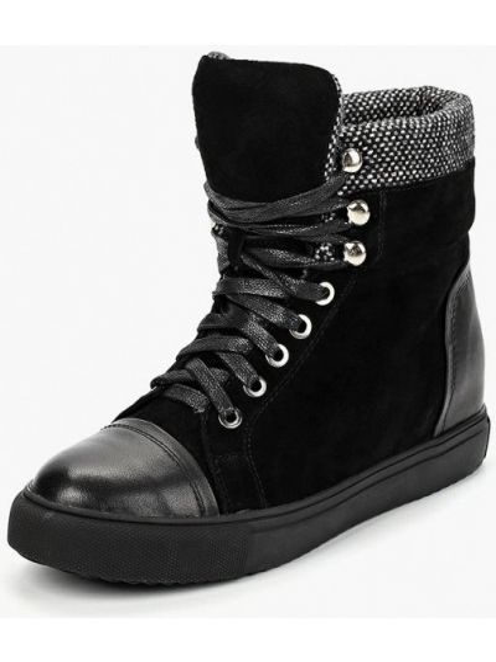 Кожаные ботинки черные осенние Vitacci