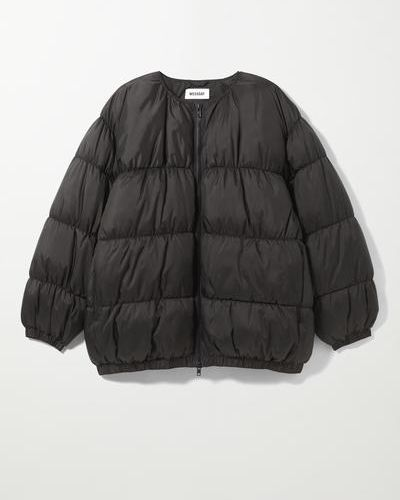 Черная зимняя куртка Weekday