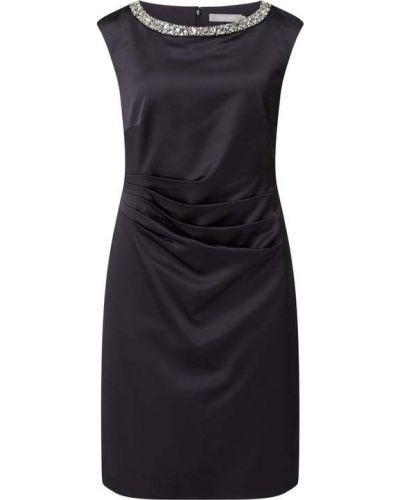 Niebieska satynowa sukienka koktajlowa bez rękawów Christian Berg Cocktail