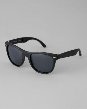 Солнцезащитные очки черные спортивные Henderson