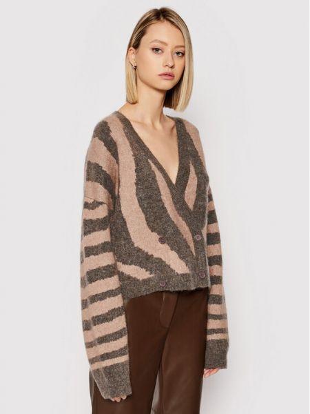 Brązowy sweter z printem Remain