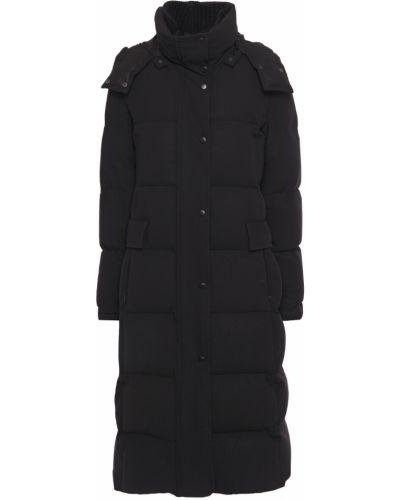 Czarny płaszcz pikowany Akris