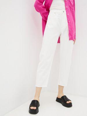 Белые джинсы Gap