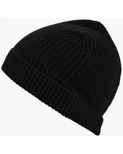 Черная шапка осенняя United Colors Of Benetton