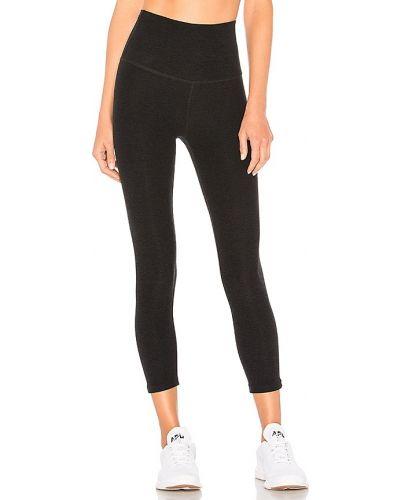 Nylon czarny spodnie capri rozciągać Beyond Yoga