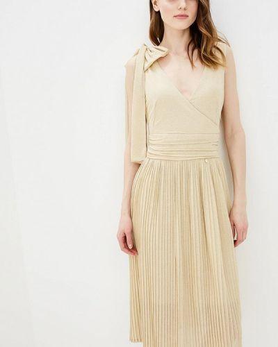Платье золотого цвета Rinascimento