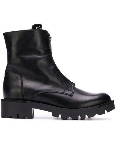 Кожаные ботильоны черные на каблуке Tosca Blu