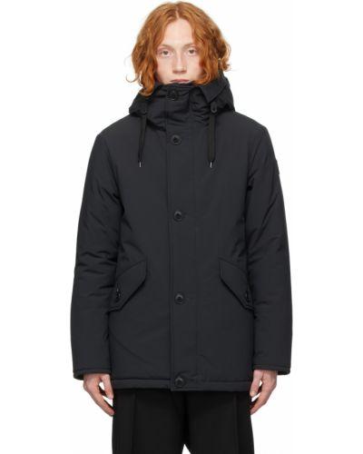 Черное пальто с карманами Kanuk