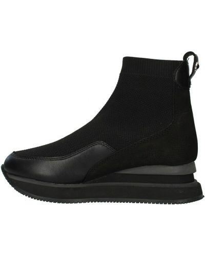 Czarne sneakersy Apepazza