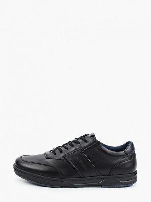 Черные зимние низкие кроссовки Thomas Munz