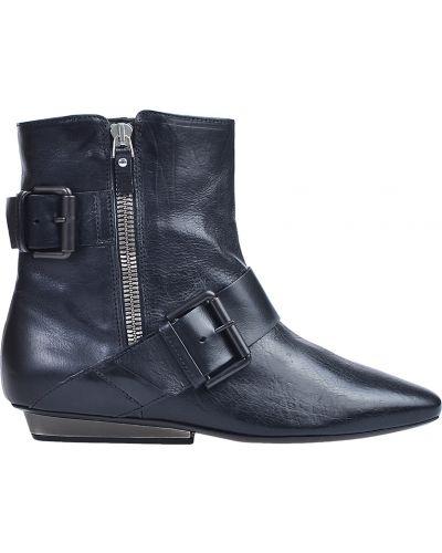 Черные ботинки Vic Matie