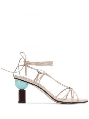 Босоножки на каблуке на шнуровке квадратные с квадратным носком Yuul Yie