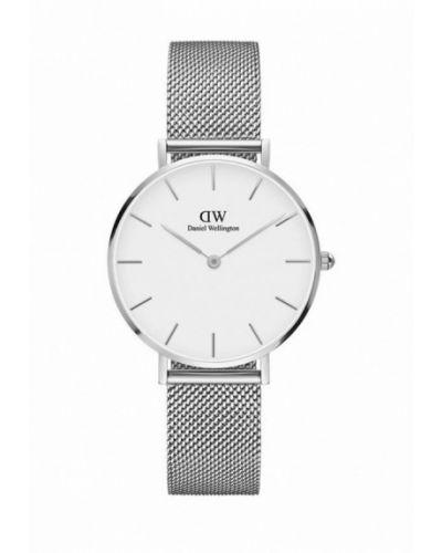 Часы серебряный весенний Daniel Wellington