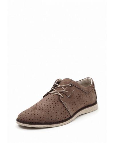 Бежевые туфли из нубука Golovin