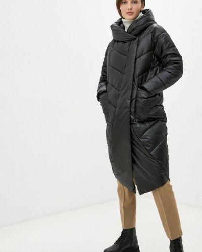Теплая черная куртка Winzor