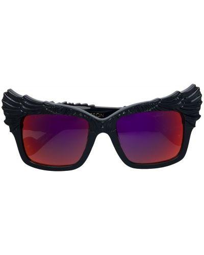 Солнцезащитные очки красный черные Anna Karin Karlsson