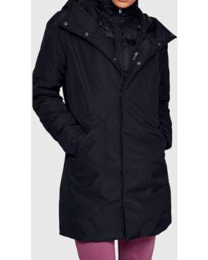 Спортивная черная спортивная куртка Under Armour