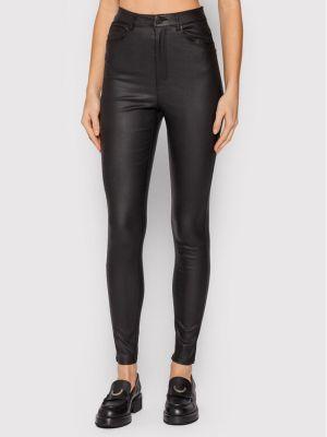 Spodnie rurki - czarne Vero Moda