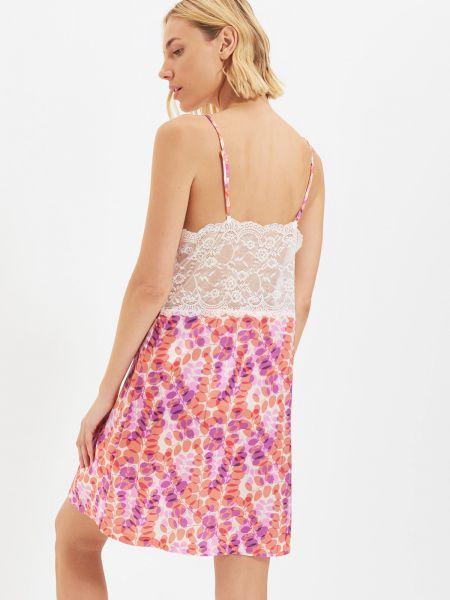 Koszula nocna koronkowa - różowa Trendyol