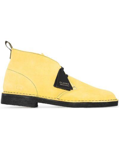 Желтые ботинки на каблуке Clarks Originals