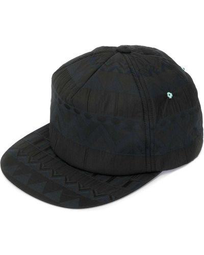 Черная кепка A(lefrude)e