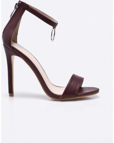 Туфли на высоком каблуке Public Desire