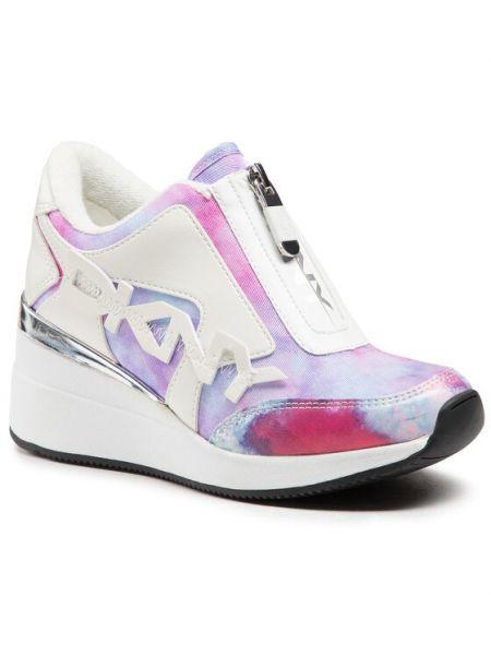 Sneakersy na koturnie Dkny